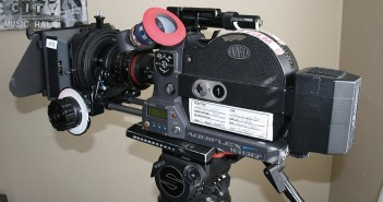 1024px-16_mm_Film_camera